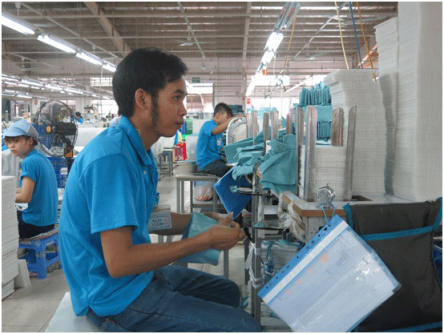 Workers in a FDI factory. Photo:  ipaquangnam.gov.vn