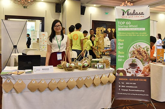 Le Thi Hong Mqn and her Madasa booth at the contest of start-up ideas in Ho Chi Minh city.