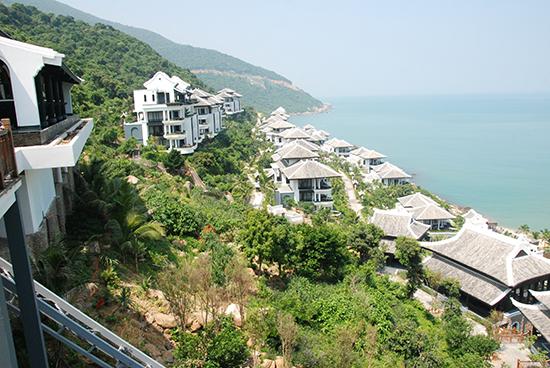 Khu nghỉ dưỡng sang trọng Inter Continental Danang Sun Peninsula Resort, nơi đón tiếp các đại biểu của Tuần lễ Cấp cao APEC 2017. Ảnh: H.Q