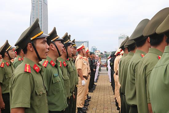 Các chiến sỹ tham gia tổng duyệt chương trình
