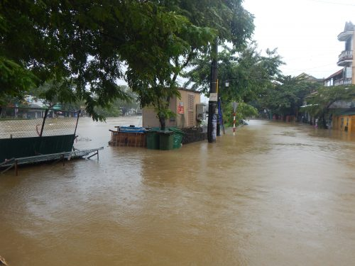 Serious flooding in Thua Thien- Hue province