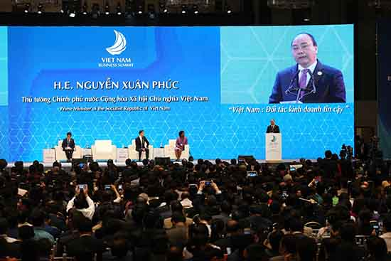Prime Minister Nguyen Xuan Phuc gives his speech at the VBS