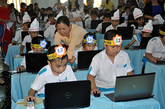 Tam Kỳ tổ chức ngày hội tin học trong khối học sinh tiểu học.Ảnh: XUÂN PHÚ