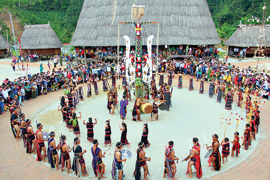 Văn hoá vùng cao luôn có sức hút đặc biệt và cần phải được bảo tồn. Ảnh: A.L.Ngước