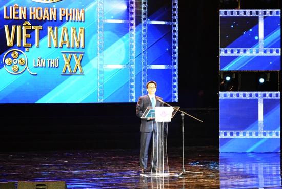 Phó Thủ tướng Chính phủ Vũ Đức Đam phát biểu tại đêm khai mạc Liên hoan phim Việt Nam lần thứ 20