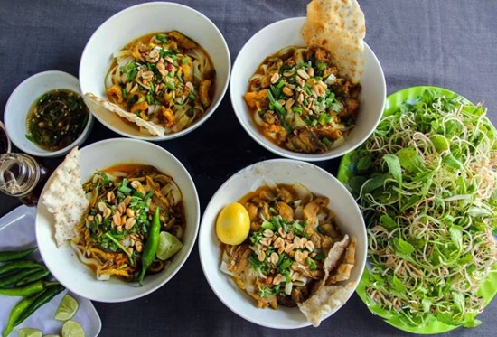 Giao Thuy brandname of Quang noodle