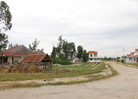 Nhiều địa phương thiếu tiền giải phóng mặt bằng nhưng khó tiếp cận vốn từ Quỹ phát triển đất. Ảnh: T.D