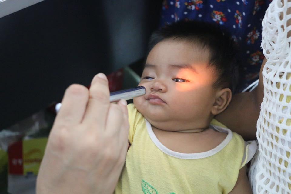 Chương trình mổ mắt miễn phí cho trẻ em nghèo các tỉnh miền Trung sẽ nhận đăng kí từ ngày 9 đến 20.12. Ảnh: CTV