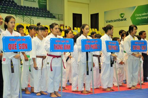 Giải Karatedo trẻ do Hội Karatedo tỉnh tổ chức thu hút nhiều vận động viên tham gia. Ảnh: T.Vy