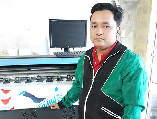 Anh Phan Hoài Nhân thành công khi gầy dựng sự nghiệp tại quê nhà.