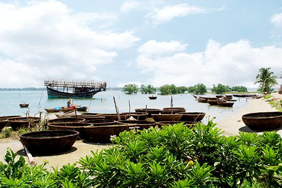 Sông nước Trường Giang. Ảnh: T.N