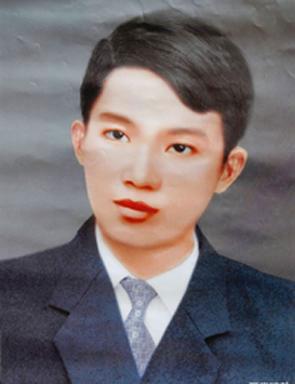 Nhà văn Thạch Lam.