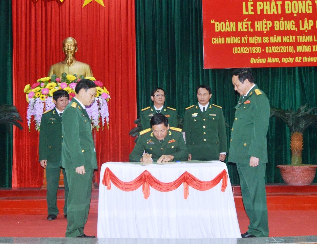 Lãnh đạo 4 cơ quan Bộ chỉ huy ký kết giao ước thi đua