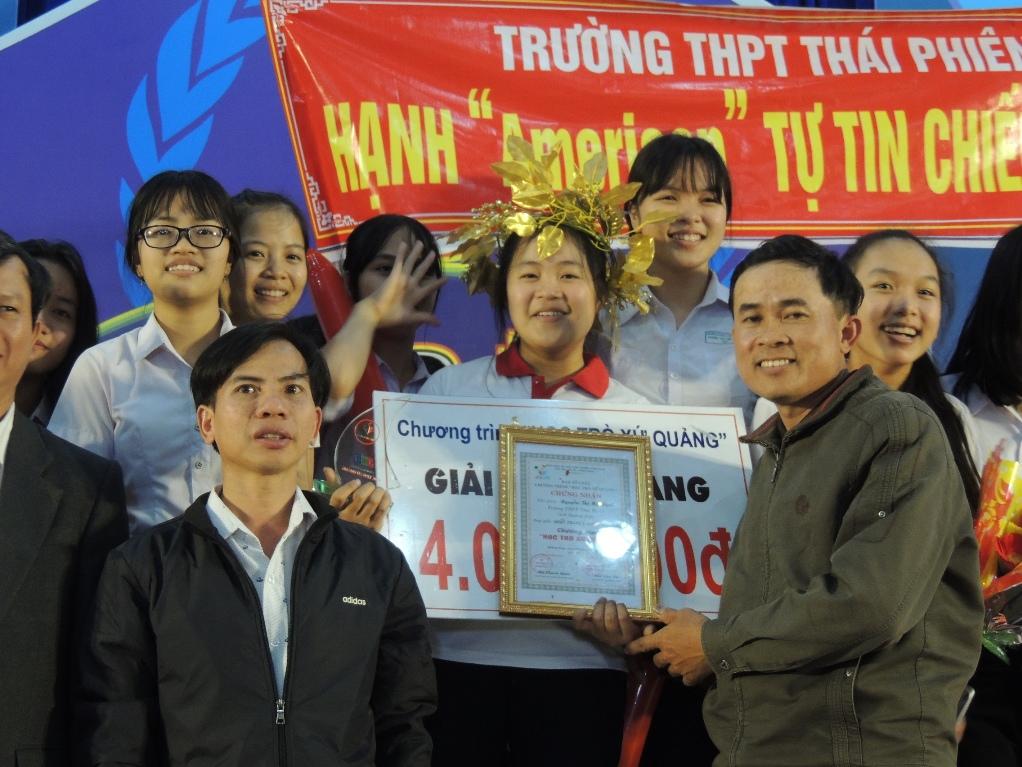 Thí sinh Nguyễn Thị Mỹ Hạnh, quán quân tháng 1.