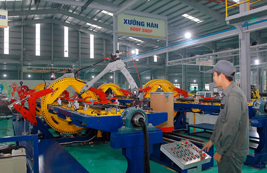 Production line applying hi-tech in Truong Hai auto company in Chu Lai Open Economic Zone