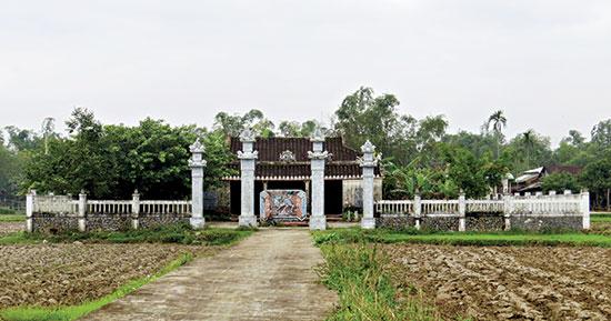 Đình làng Phiếm Ái, nơi lý trưởng các làng xã ở Đại Lộc họp bàn kế hoạch tổ chức đoàn kéo lên huyện đường để nhờ quan xin xâu, giảm thuế cho dân.Ảnh: HOÀNG LIÊN
