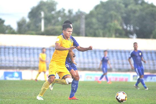Tuyển thủ U23 Việt Nam Xuân Mạnh (Sông Lam Nghệ An).