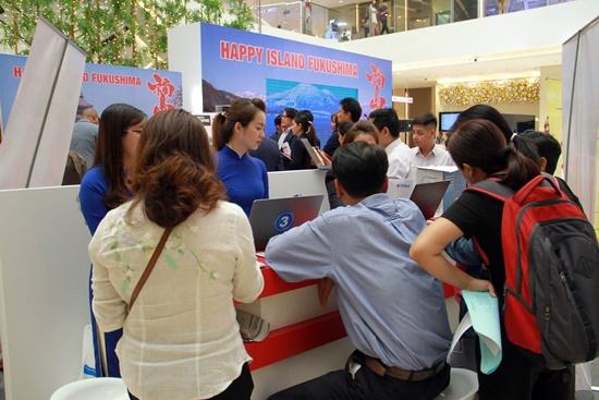Nhiều chương trình ưu đãi đã được Vietravel tung ra trong dịp Tết phục vụ khách hàng