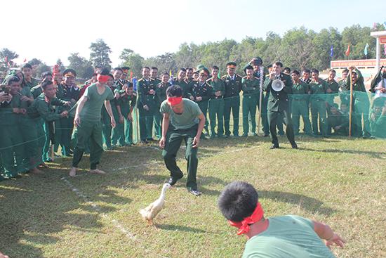 Một hoạt động vui xuân ở Lữ đoàn 574.Ảnh: Đ.T.N.D