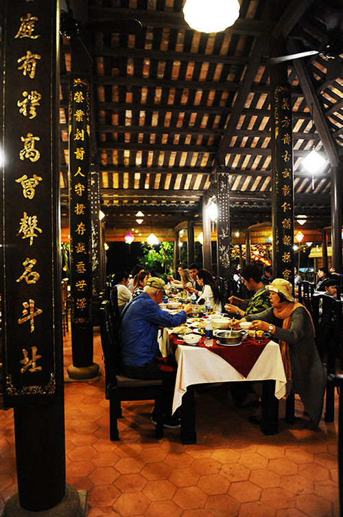 Fullmoon Town Hoi An restaurant- an ancient house attracting many European tourists at Tet