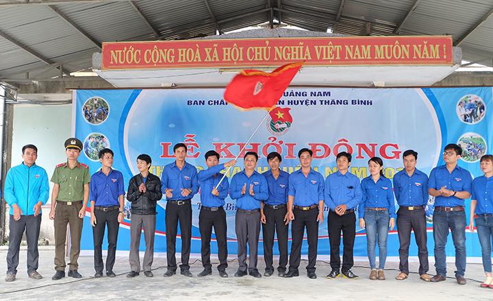 Tuổi trẻ Thăng Bình khởi động tháng thanh niên 2018. Ảnh: M.L