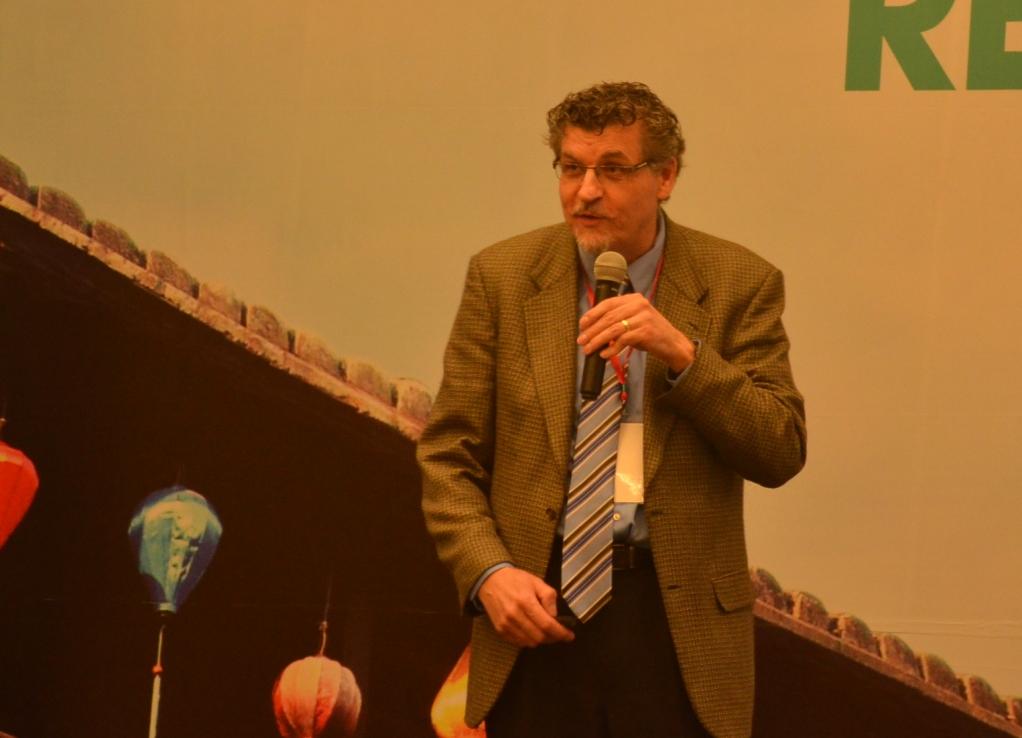 TS.Ron Hugo –ĐH Calgary (Canada) chia sẻ tâm tình
