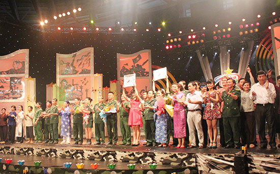 """Tuổi trẻ LLVT tỉnh Quảng Nam tham gia chương trình """"Chúng tôi là chiến sĩ"""".  Ảnh: TUẤN ANH"""