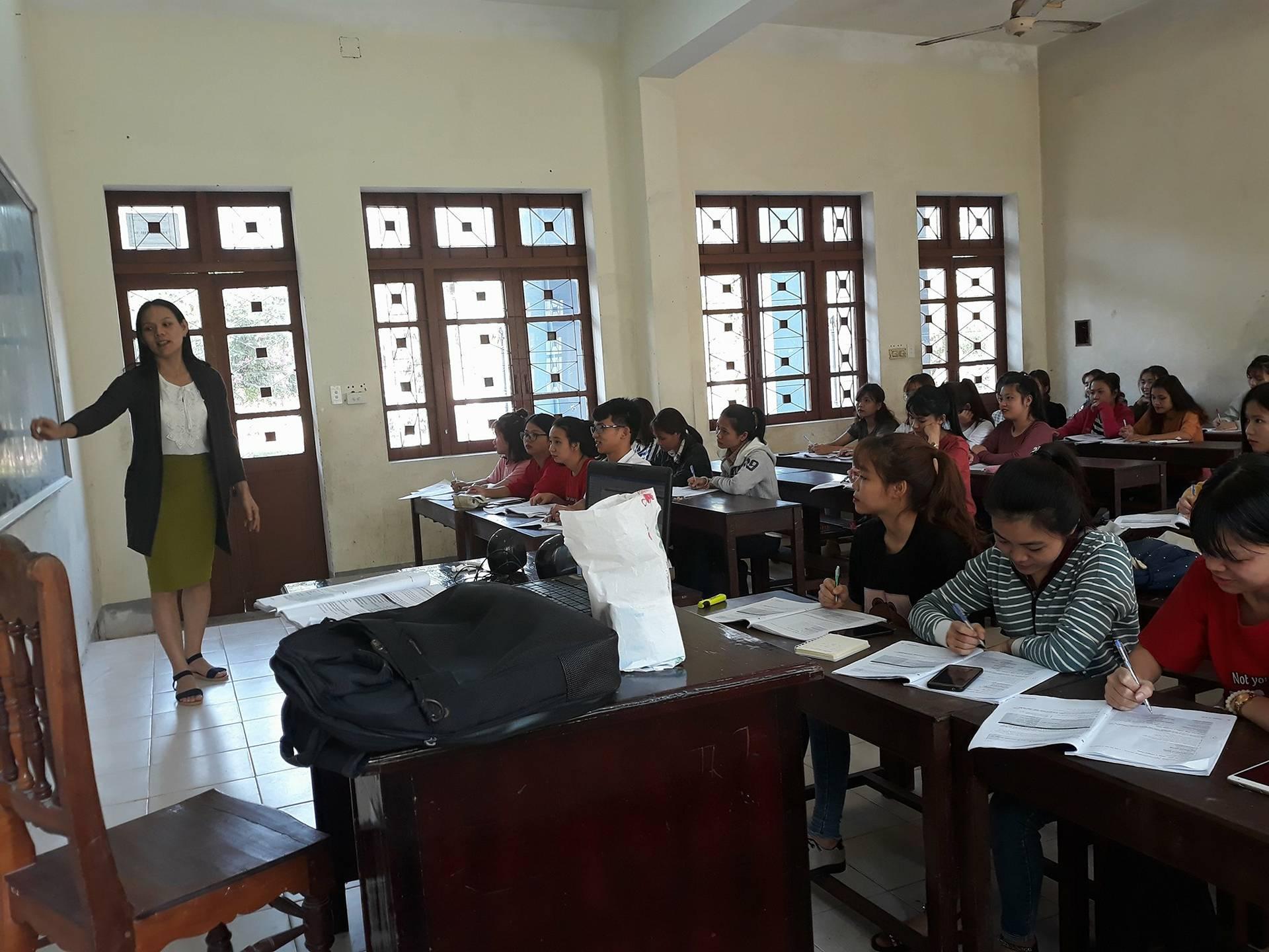 Một tiết học của sinh viên Trường Đại học Quảng Nam (ảnh minh họa). Ảnh: C.N