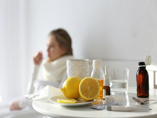 Đặt chanh ở đầu giường trước khi ngủ sẽ mang lại nhiều lợi ích cho sức khỏe - Ảnh minh họa: Internet