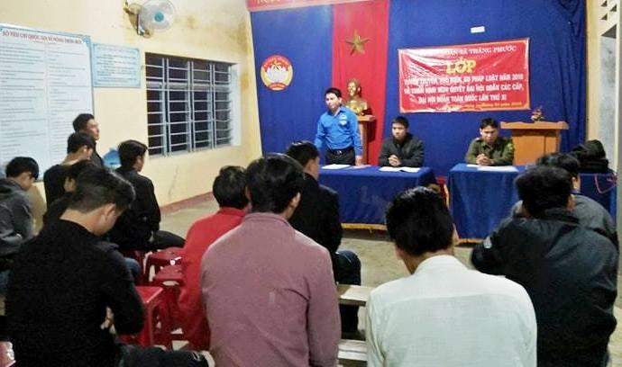 Mỗi năm, Đoàn xã Thăng Phước tổ chức tuyên truyền, phổ biến, giáo dục pháp luật cho hơn 2.000 lượt thanh niên. Ảnh: PHAN VINH