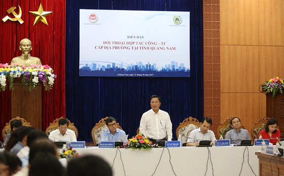 Vice Chairman Thanh at the meeting of Public-Private Partnerships.