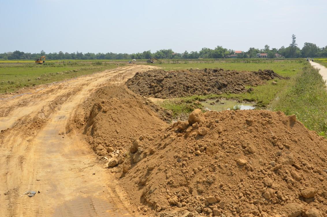 Nguồn đất dư thừa trong dự án cải tạo đồng ruộng ở Điện Thắng Bắc, Điện Bàn