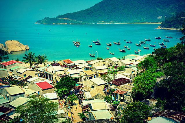 A corner of Cham Islands