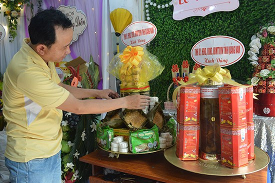 Quang Nam's offerings to the Hung Kings.