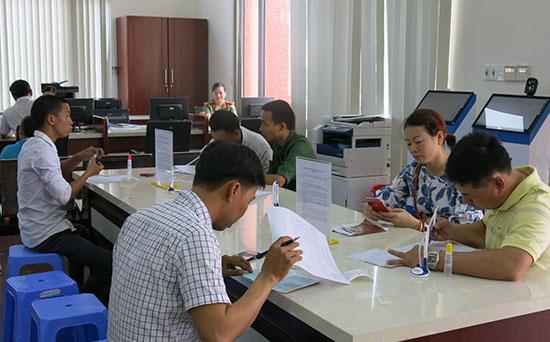 Quảng Nam đã nỗ lực cải cách hành chính nhưng không ít chỉ số thành phần PCI vẫn bị doanh nghiệp đánh giá thấp. (ảnh minh họa).