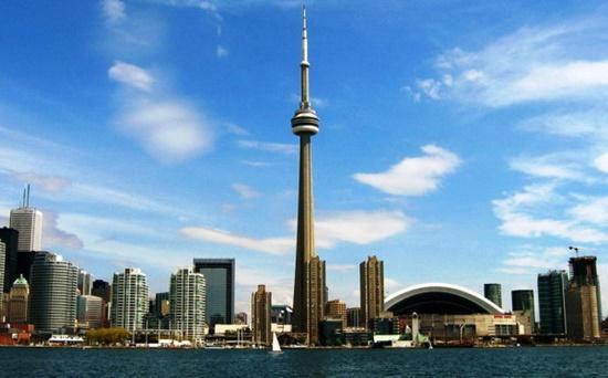 Canada đất nước với nhiều cảnh đẹp thu hút đông đảo du khách trên thế giới