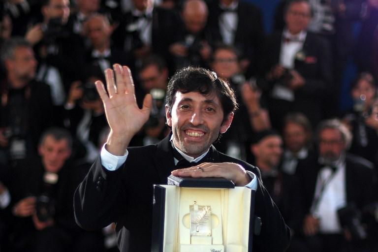 Nam diễn viên Marcello Fonte (Italy) nhận giải Nam chính xuất sắc nhất với bộ phim Dogman (Cẩu nhân).