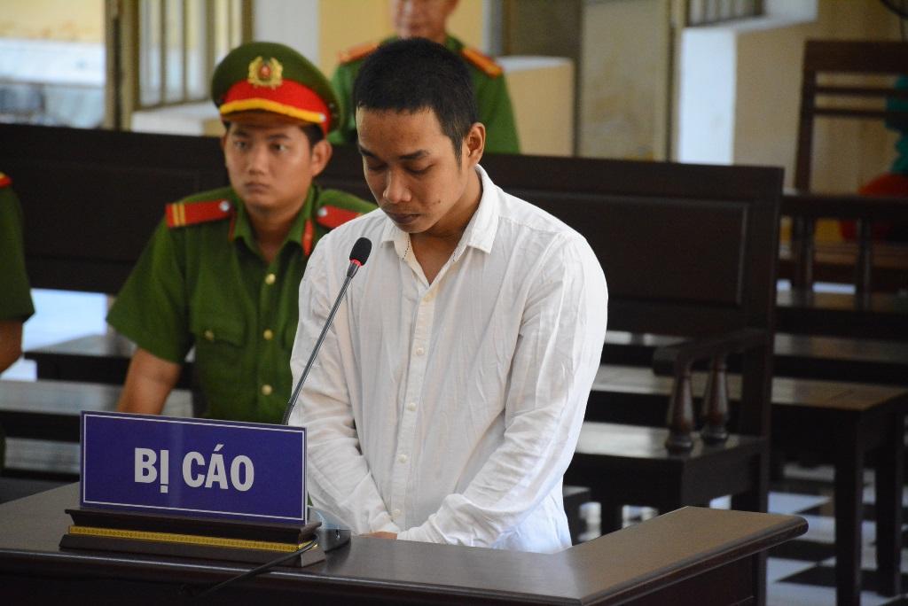 Bị cáo Tiên tại tòa.
