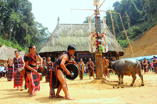 Ethnic people in Quang Nam province