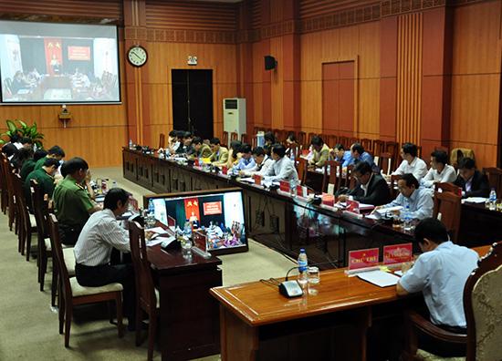 Ban Tổ chức Tỉnh ủy tổ chức hội nghị trực tuyến với các địa phương về công tác tổ chức đảng - đảng viên và công tác cán bộ. Ảnh: H.G