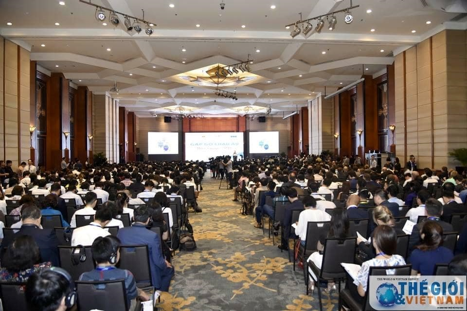 The scene of conference. Photo: baoquocte