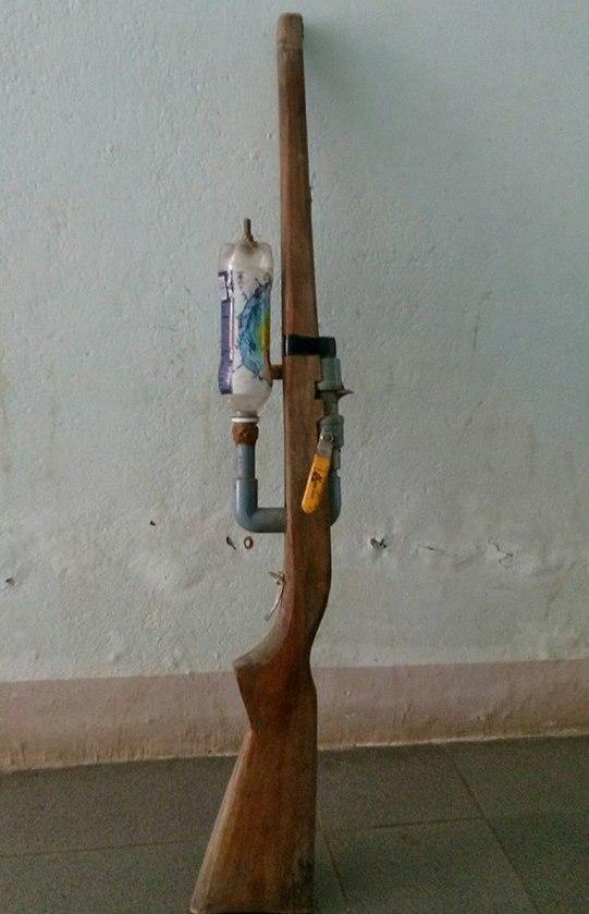 Cây súng do Sỹ tự chế và tử vong khi sửa. Ảnh: P.N