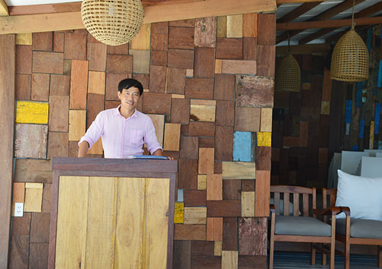 Một góc thiết kế theo hướng dân dã mà tinh tế gắn với văn hóa làng biển An Bàng do anh Thuận sở hữu.