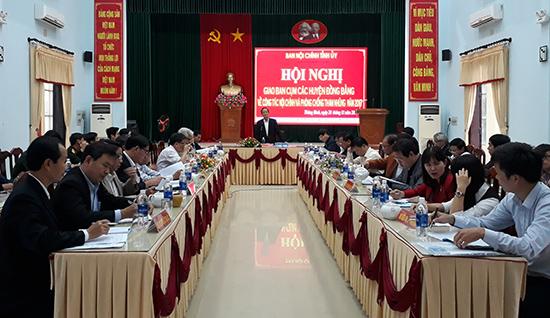 Ban Nội chính Tỉnh ủy tổ chức hội nghị giao ban cụm đồng bằng để đánh giá kết quả công tác nội chính và phòng chống tham nhũng.  Ảnh: NGUYỄN VĂN DŨNG