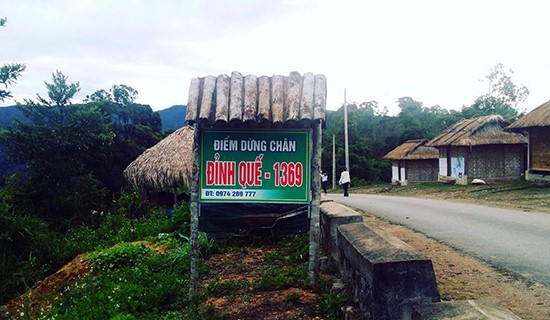 Dinh Que rest station in Tay Giang