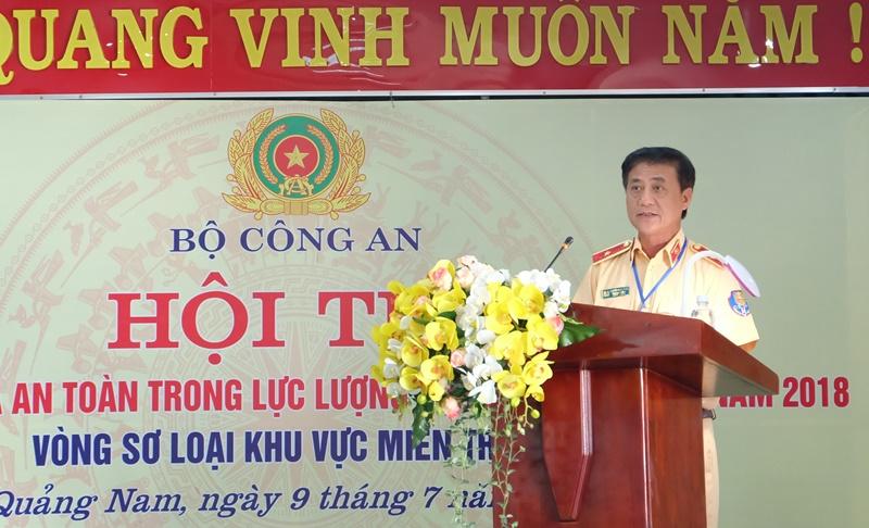 Thiếu tướng Nguyễn Ngọc Tuấn - Phó cục trưởng C67, Trưởng Ban  tổ chức hội thi phát biểu. Ảnh: M.L