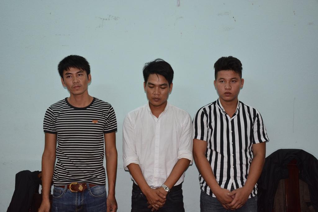 Đối tượng Trung, Sơn, Thuận (từ phải qua). Ảnh: Q.H