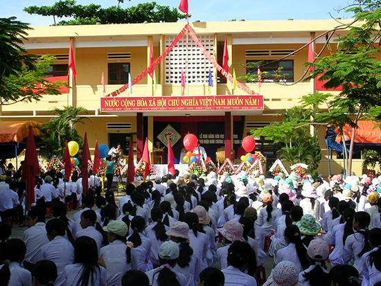 Trường THPT Phan Bội Châu (Tam Kỳ) theo kế hoạch sẽ đạt chuẩn trong năm 2018. Ảnh: X.PHÚ