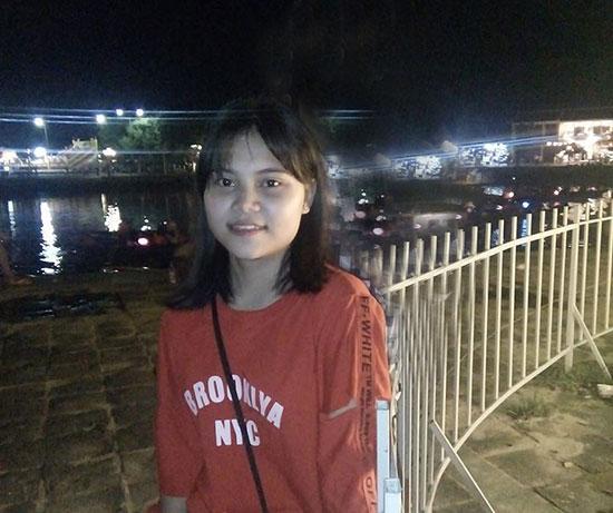 Em Lê Thị Nhàng đạt điểm 10 duy nhất của tỉnh tại kỳ thi THPT quốc gia 2018.  Ảnh: Nhân vật cung cấp