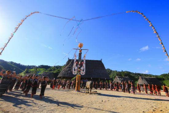 Sinh hoạt văn hóa truyền thống của người Cơtu sẽ được giới thiệu tại Ngày hội Văn hóa các dân tộc miền Trung lần thứ III năm 2018.